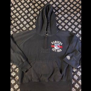 New York Rangers hockey 🏒 sweatshirt.